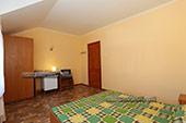 комната - 4-х местный номер - Гостевой дом Лукоморье - Береговое